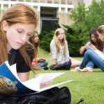 Как может подзаработать студент за границей?