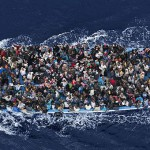 Что делать с потоком мигрантов в ЕС?